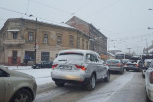 Vreme rece cu ninsori în vestul ţării