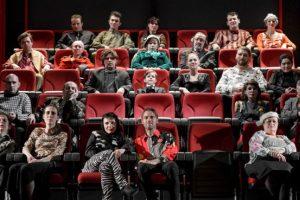 Un spectacol semnat Radu Afrim, despre spectatori, de doi ani pe scena Teatrului Maghiar. Merită văzut!