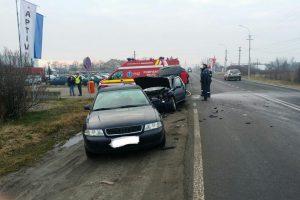 Accident rutier noaptea trecută! Patru maşini implicate
