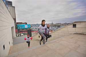 Alergare prin locuri inedite: de la acoperişul Iulius Mall la sala de sport