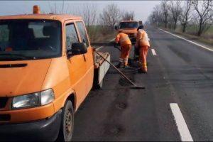 """Călin Dobra: """"Firmele de construcții au obligația de a reface, în perioada de garanție, drumurile județene modernizate în ultimii ani și care au suferit degradări"""""""