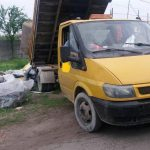 Aruncau gunoaie cu camionetele, pe unde apucau, în Timișoara. Acum adună bani de amenzi!