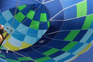 Ce faceţi de 1 Mai? Puteţi urca într-un balon cu aer cald