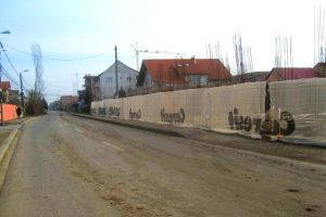 Șoferii care au umplut carosabilul cu noroi adus din șantierele deschise la Timișoara, puși la plată