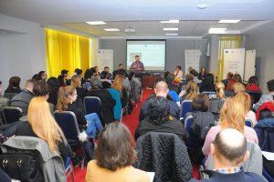 Seminar de formare antreprenorială pentru buzieșeni. Finanțare nerambursabilă de 40.000 de euro pentru a-ți deschide propria afacere