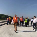 Vizită fulger pe autostrada Lugoj – Deva. Ministrul Transporturilor, însoțit de ambasadorul Spaniei