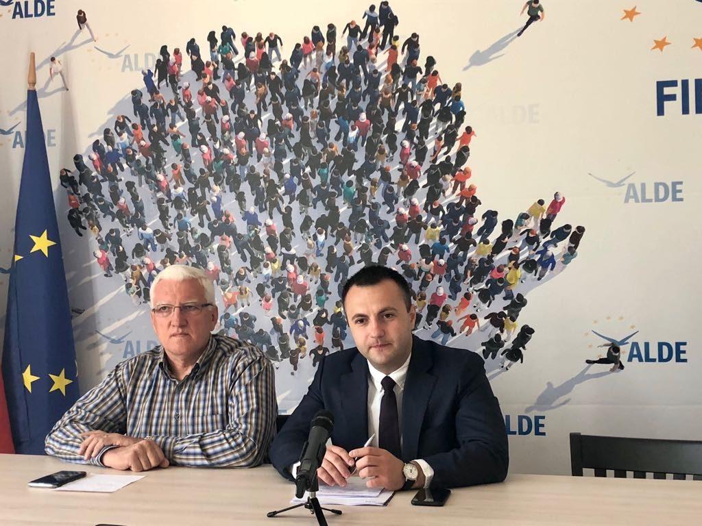 Nicolae Istrat, vicepreședintele ALDE Timiș propune simplificarea legii de înmatriculare a tractoarelor
