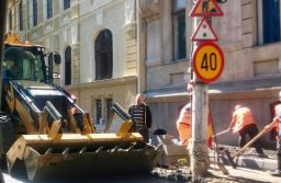 Lucrări de reparații a străzilor