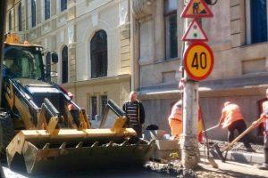 Firmele care au spart străzile pentru lucrări şi nu le-au reparat, amendate de Primăria Timişoara
