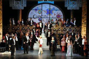 """""""Liliacul"""", jucat cu casa închisă de Revelion, la Opera din Timișoara"""