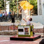 Foto. Prințul gălăgios al bucătăriei a făcut show în Piaţa Sf. Gheorghe