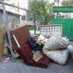 A început o nouă acțiune de colectare a deșeurilor voluminoase