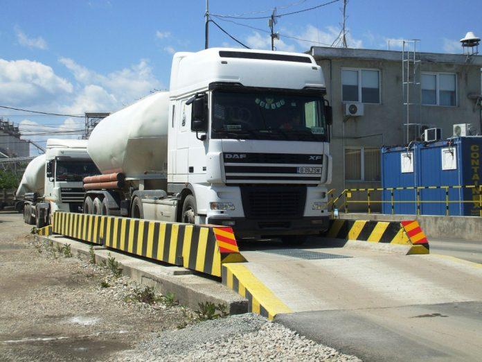 Consiliul Județean a amenajat prima platformă pentru verificarea tonajului în localitatea Alioș