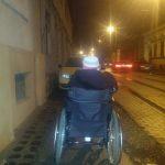 """Campania """"Nu parca pe trotuar"""", iniţiată de tinerii cu dizabilităţi din Timişoara"""
