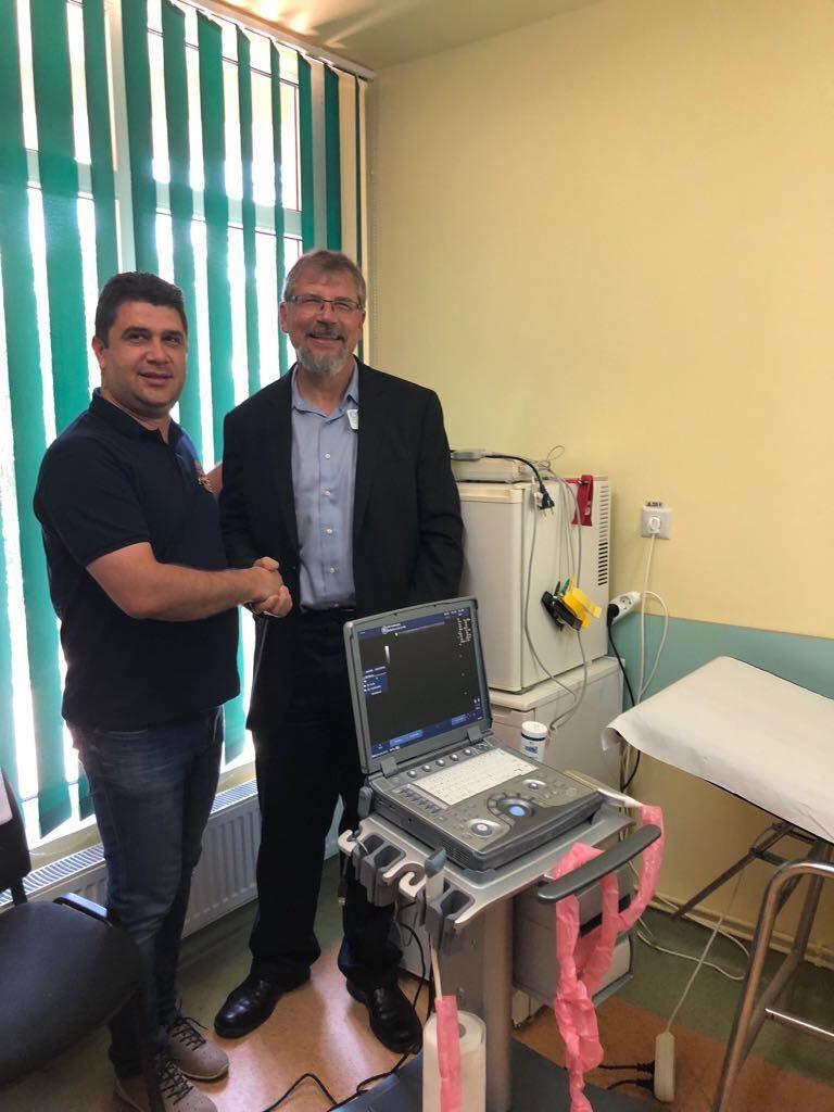 """Un ecograf ultraperformant a intrat în posesia Centrului Medical """"Cristian Șerban"""" din Buziaș"""
