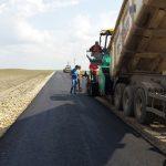 Drumul care leagă Iohanisfeld de Ivanda, reabilitat de Consiliul Județean Timiș