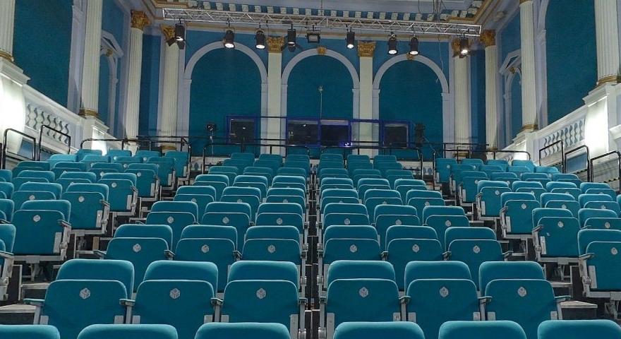 """Cinema Arta – un nou spațiu de spectacol pentru Teatrul Maghiar de Stat """"Csiky Gergely"""""""