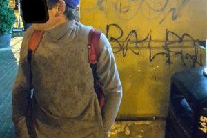 A scris numele iubitei, cu markerul, pe pereții unui magazin din centrul Timișoarei. Prețul: 500 de lei