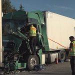 Șofer român de TIR, grav rănit în urma unui accident, pe o autostradă din Germania