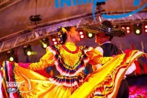 Foto. Paradă şi deschidere oficială la Festivalul inimilor
