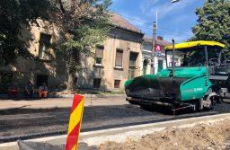 Continuă lucrările de reparații a străzilor din Timișoara
