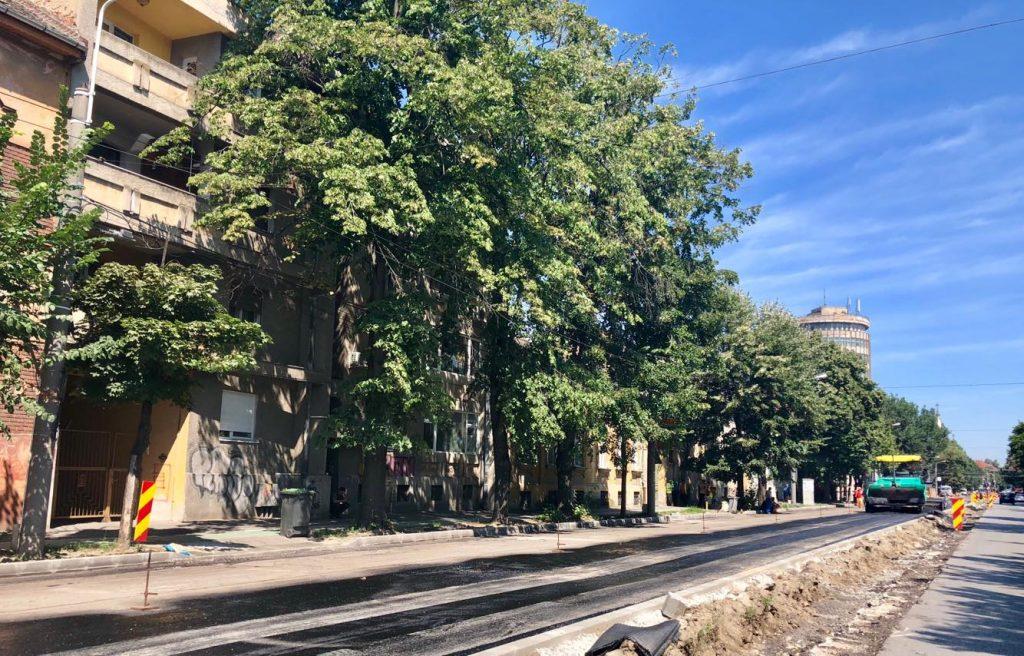 Azi, lucrări de asfaltare pe mai multe străzi din oraș