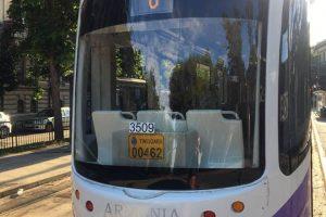 Cinci mijloace de transport revin pe traseele obișnuite de vineri
