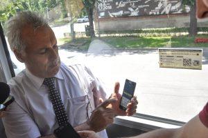 Video. Cum îţi poţi cumpăra bilet cu telefonul mobil