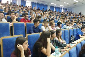 Zi festivă la Universitatea Politehnica Timișoara! Deschiderea anului a adus mii de studenți în amfiteatre