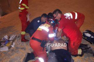 Incident grav în județul Arad! Un bărbat de 60 ani a fost îngropat de viu sub tone de porumb