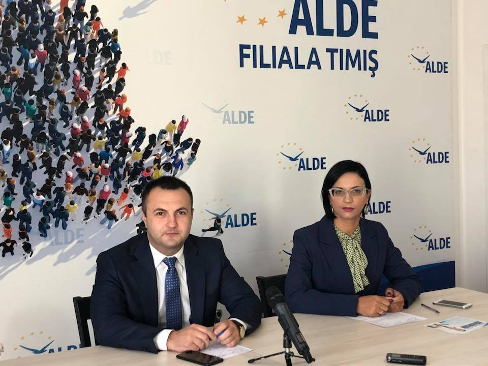 Campania medicală inițiată de ALDE ajunge mâine la Iohanisfeld, comuna Otelec. Peste o sută de persoane consultate până acum
