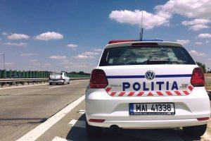 Probleme mari pentru un tânăr după ce a furat o autoutilitară pe care a condus-o băut, fără permis