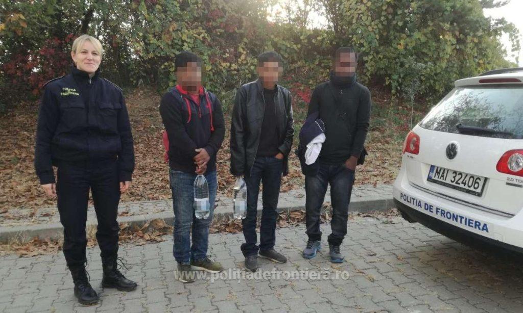 Trei cetățeni din Bangladesh, depistați în timp ce încercau să treacă fraudulos frontiera