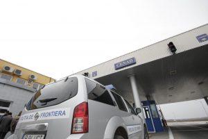 Armă ascunsă în portbagajul unui autoturism, la Cenad