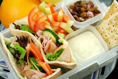 Chioșcuri cu mâncare pentru elevi în șapte școli din Timișoara