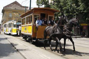 Parada tramvaielor de epocă deviază circulaţia pe patru linii