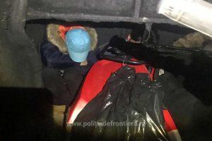 Cum au încercat să iasă din ţară pe la Nădlac patru cetățeni străini