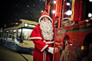 Tramvaiul lui Moş Crăciun porneşte la drum
