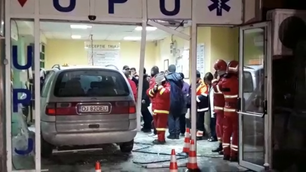 UPU Craiova, distrusă de un şofer băut