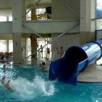 Copilul de 6 ani din Deva, care s-a înecat într-un bazin, a murit la Judeţean