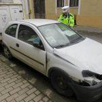 Polițiștii locali eliberează străzile de autovehiculele abandonate