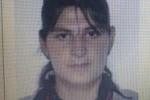 Poliţia şi familia o caută pe această tânără. Sunaţi la 112 dacă o vedeţi!