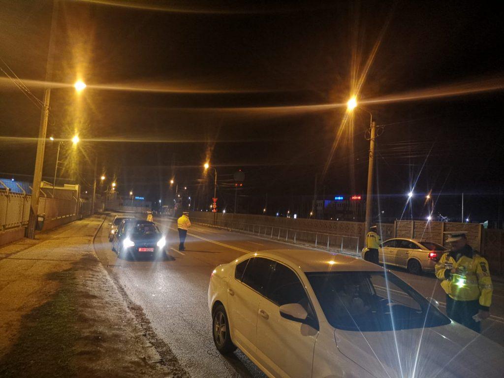 Razie de amploare în Lugoj şi împrejurimi. Poliţiştii au dat peste 160 de amenzi