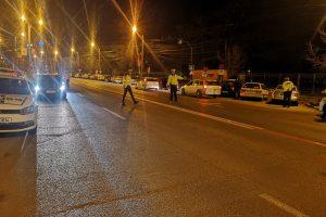 Aproape 500 de şoferi au fost amendaţi în weekend de Poliţia Rutieră