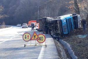 Atenţie, şoferi! Circulație îngreunată pe DN 6 în județul Caraș-Severin