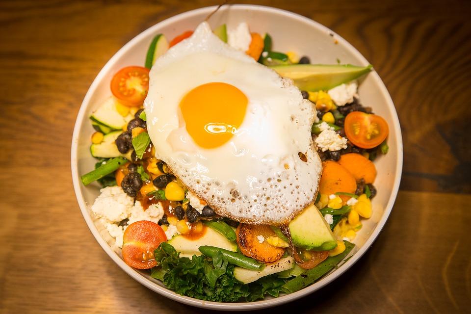 Cinci alimente de la care poţi face toxiinfecţie alimentară