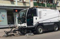 Spălarea străzilor continuă la Timişoara. Unde nu se poate parca