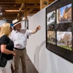 """Muzeul Național al Banatului găzduieşte expoziția de fotografii și picturi grupate sub genericul """"Sibiu 100"""""""
