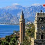 Şase curse săptămânale spre Antalya, destinaţia preferată a turiştilor, de pe Aeroportul Internaţional Timişoara