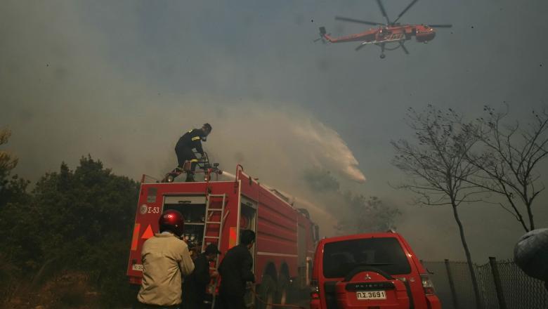 Risc de incendii în mai multe zone din Grecia